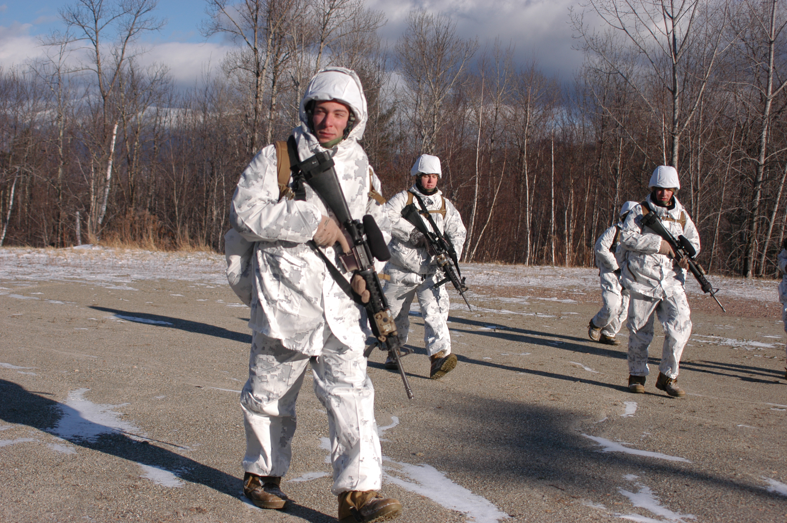 2/25 Marines Warm Up To Cold Weather Training > Marine ...