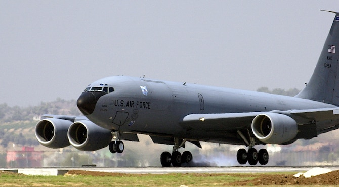 INCIRLIK AIR BASE, Turkey -- A KC-135 Stratotanker from the Air National Guard's 121st Air Refueling Wing at Rickenbacker International Airport, Ohio, touches down on the flightline here.  U.S. officials are sending four KC-135 Stratotanker aircraft and six aircrews to provide air-refueling support for operations Enduring Freedom and Iraqi Freedom.  Aircraft and people began arriving Aug. 19 and should be in place by Aug. 23.  (U.S. Air Force photo by Tech. Sgt. Vince Parker)