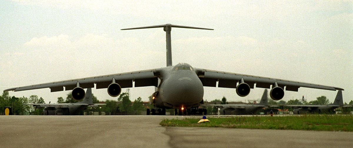 U.s Military Transport Vehicles C-5 A/B/C Galaxy and C...