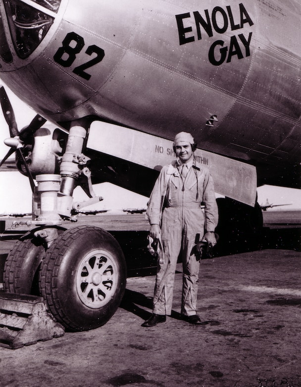 "1940's -- ROSWELL ARMY AIR FIELD, New Mexico -- Col. Paul Tibbetts, Jr., of Miami, Fla., poses in front of his B-29 Superfortress ""The Enola Gay"" (named for his mother).  The Enola Gay is the same plane he piloted when his bombardier dropped the first atom bomb over Hiroshima, Japan. (U.S. Air Force photo)"