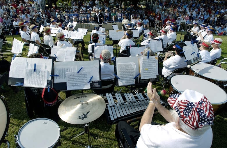 DALLAS -- About 800 people at the Texas State Fair here listened to the music of the former U.S. Air Force Women in the Air Force Band.  The band, in existence from 1951 to 1961, performed during a reunion of 54 members of the 235 women who comprised the only female band in Air Force history.  (U.S. Air Force photo by Master Sgt. Efrain Gonzalez)