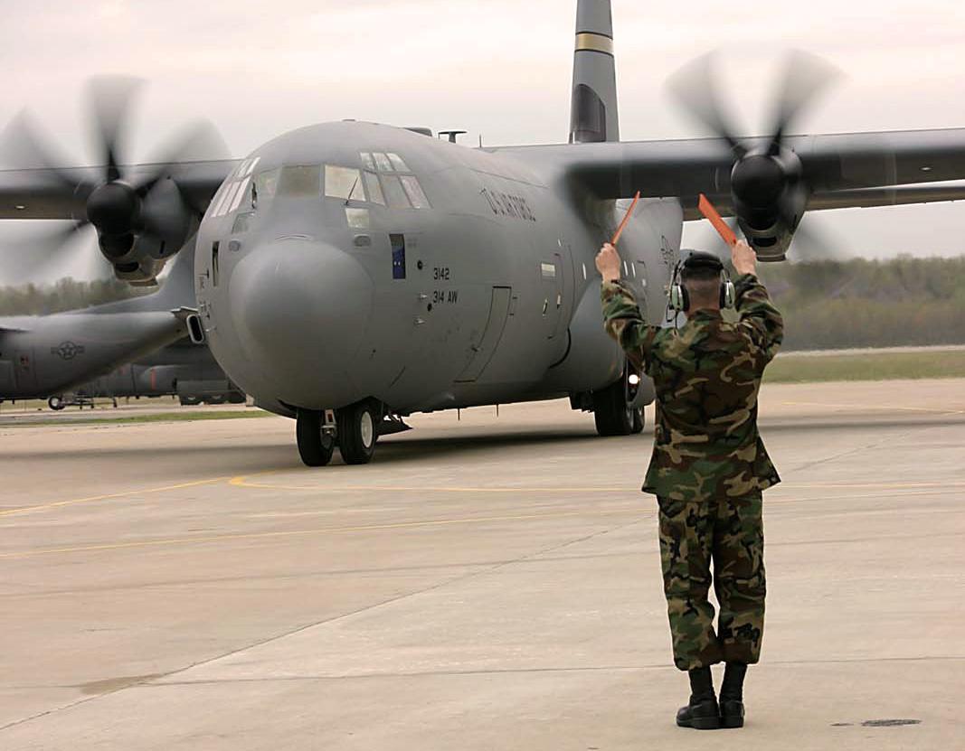 Pilots give new C-130J aircraft rave reviews