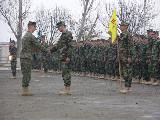 Georgian soldiers ready for Iraq deployment > Marine Corps ...