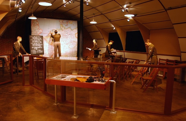 DAYTON, Ohio -- This mission briefing room diorama is part of the Nissen Hut exhibit, located on the grounds of the National Museum of the United States Air Force. (U.S. Air Force photo)