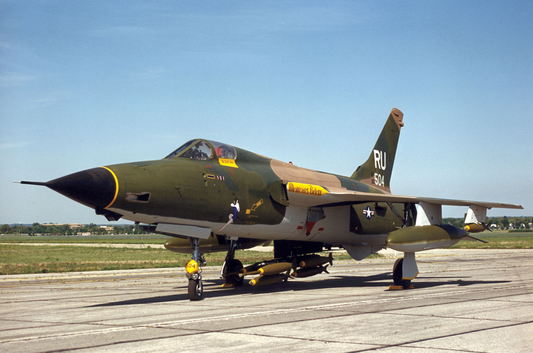 F-105 Thunderchief • WW2 Warbird • Air Park Tours USA