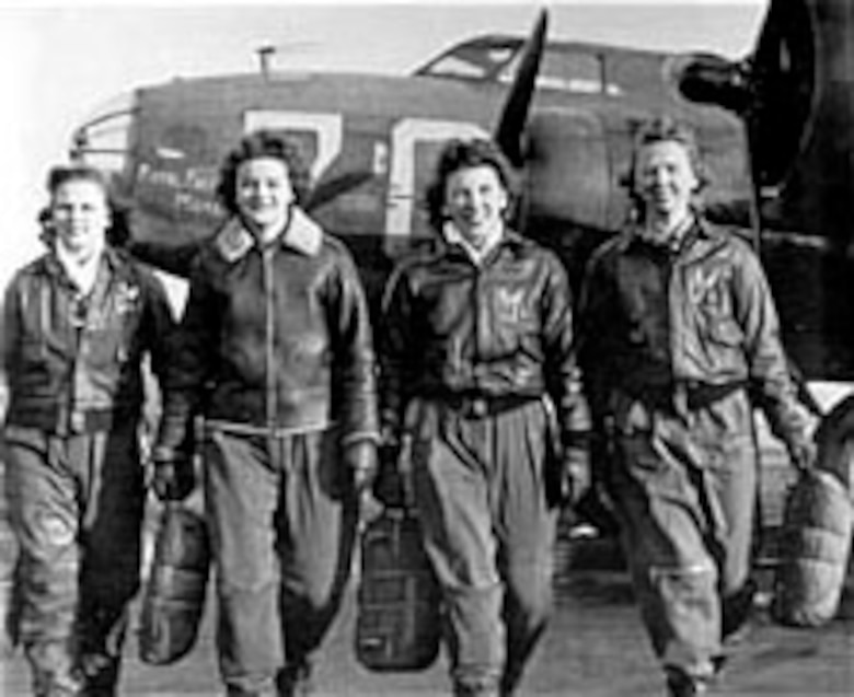 WASP flight crew of a Boeing B-17 Flying Fortress. (U.S. Air Force photo)