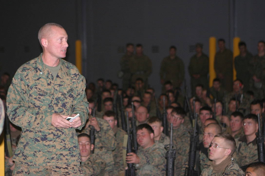 MARINE CORPS BASE CAMP LEJEUNE, N.C. (Dec. 12, 2005)- Lt. Col. Michael L. Kuhn, commanding officer of 2nd Assault Amphibian Battalion, 2nd Marine Division speaks to his Marines after a five day training exercise. (Official U.S. Marine Corps photo by Lance Cpl. Lucian Friel (RELEASED)