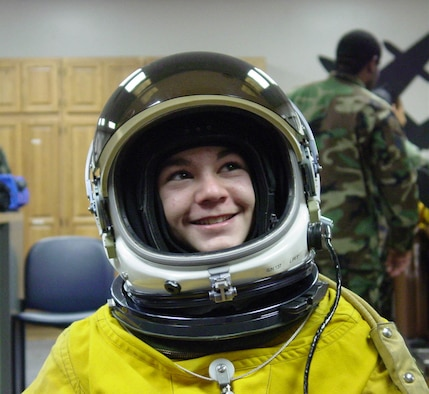 Pressurized Space Suit Woman - Pics about space