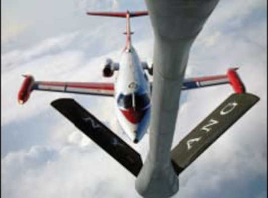 AFRL Completes Automated Aerial Refueling Station-Keeping Flight Test