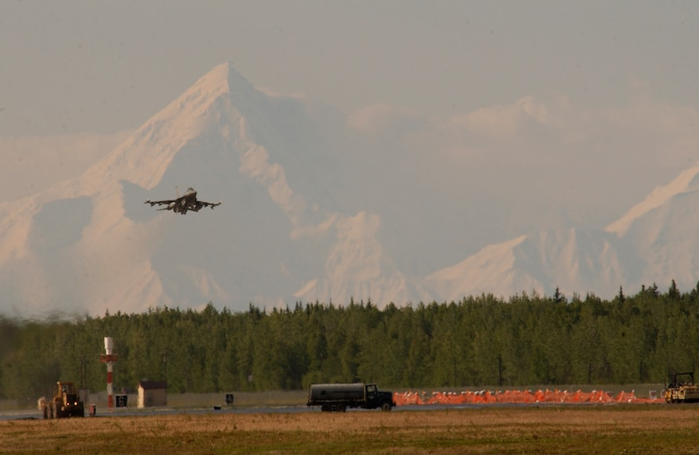 An F-16 Fighting Falcon from the 18th Fighter Squadron at Eielson Air Force Base, Alaska, takes off on Tuesday, June 6, 2006, during exercise Northern Edge 2006. The joint training exercise hosted by Alaskan Command is one of a series of U.S. Pacific Command exercises that prepare joint forces to respond to crises in the Asian Pacific region. (U.S. Air Force photo/Staff Sgt. Joshua Strang)