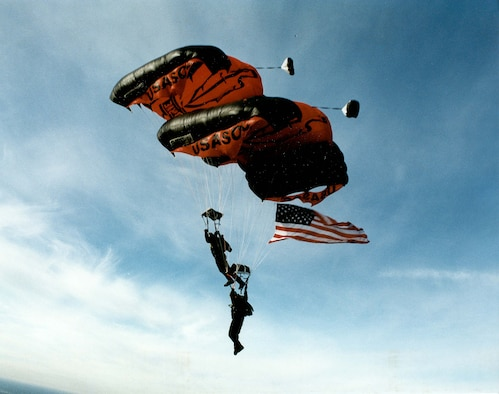 """The """"Black Daggers,"""" the U.S. Army Special Operations Command's parachute demonstration team, will perform at the base's July 22 Air Show.  (Courtesy U.S. Army Special Operations Command)"""