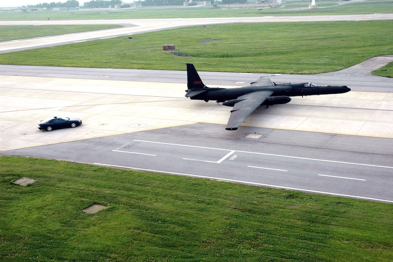 The improved U-2S Dragon Lady, Block 20, aircraft taxis to the runway at Osan Air Base, South Korea, followed by a high-performance chase car. Osan AB was the last forward operating location to receive the new Block 20 aircraft. (U.S. Air Force photo/Staff Sgt. Andrea Knudson)