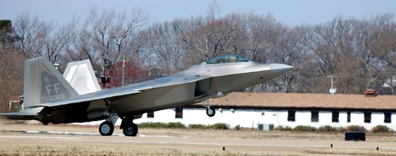 Maj. Kevin Dolata lands an F-22A Raptor at Langley Air Force Base, Va., Friday, March 3, 2006.  The new Raptor is the second assigned to the 94th Fighter Squadron.  Major Dolata is the squadron's assistant director of operations. (U.S. Air Force photo/Airman Vernon Young)