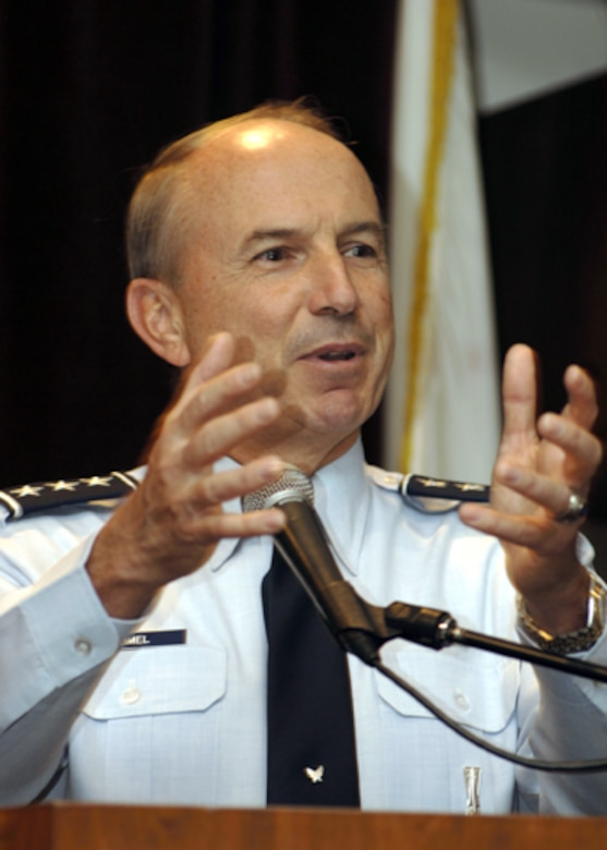 LOS ANGELES -- Lt. Gen. Michael Hamel, Space and Missile Systems Center Commander, reminded listeners of the partnership between SMC and The Aerospace Corporation during his speech at a Speakers Forum here Feb. 16.