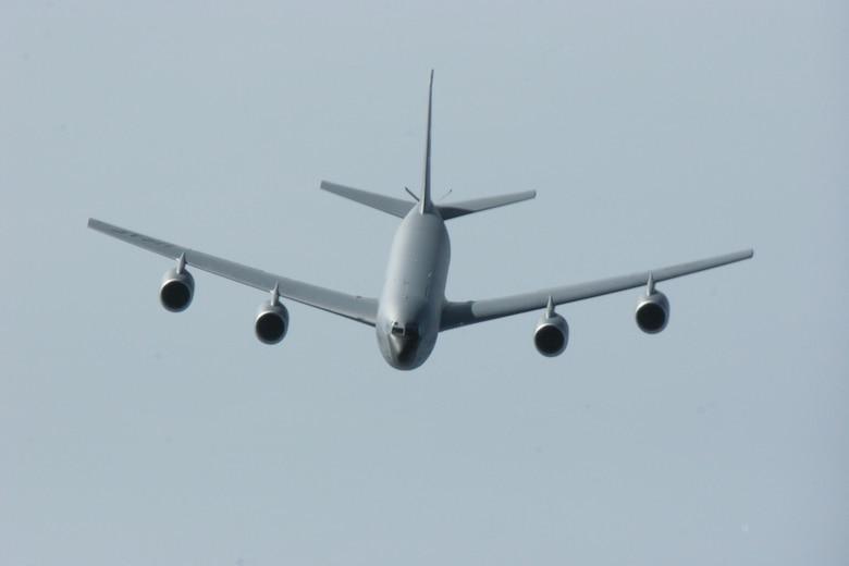 939th Air Refueling Wing, KC-135 Stratotanker, May 10, 2006.  (U.S. Air Force Photo/Maj. James R. Wilson)