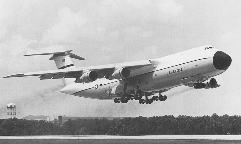 This massive aircraft is designed for strategic airlift and is capable of transporting anything that the Army operates.  The C-5 Galaxy was only with the 3-1-5 for a very short time in the early 1970s, but it continues to provide crucial airlift capabilities today.  The C-5 can carry 270 troops and has a maximum payload of 240,000 pounds.  (USAF Historical Photo)
