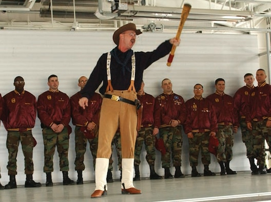 Teddy Roosevelt impersonator Tech. Sgt. David Larrison, 91st Operations Squadron, rallies his fellow Rough Riders at the 2006 Guardian Challenge kickoff April 20. (U.S. Air Force Base photo by Airman 1st Class Christopher Boitz)