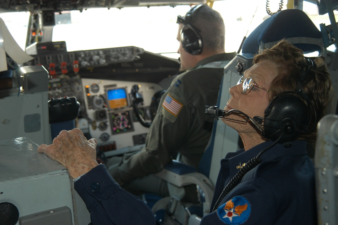 Margueritte Hughes Killen, former Women's Airforce Service Pilot, observes the cockpit while on board a KC-135 Stratotanker. The 445th Flight Test Squadron invited Ms. Killen to fly with them during a sortee here Oct. 13, 2006.  (Photo by Airman Stacy Garcia)