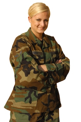 Thunderbolt of the Week, Airman Jennifer Holt, LUKE AIR FORCE BASE, Ariz.
