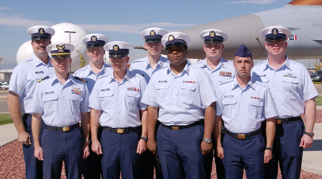 This week's Star Performers are (back row, left to right) Chief Petty Officer Brian Roby, Petty Officer 3rd Class Brian Itterly, Petty Officer 2nd Class Lance Jorgensen, Petty Officer 1st Class Gabriel Settel, Chief Petty Officer Lewis Winningham, (front row, left to right) Lt. James Knapp, Petty Officer 1st Class Brian Wiggins, Petty Officer 2nd Class Davuel Hernandez and Petty Officer 2nd Class Michael Dyess. Members not pictured are Chief Petty Officer David Canwell, Petty Officer 1st Class Elizabeth Neill, Petty Officer 2nd Class Shaun Willetts, Petty Officer 2nd Class Travis Coulter, Petty Officer 2nd Class Timothy Case, Petty Officer 2nd Class Monica Miles and Petty Officer 2nd Class Russell Gallimore. (Photo by Ms. Carrie Winningham)