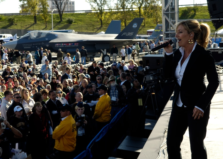 Country music performer Lee Ann Womack performs for more than 25,000 spectators gathered at the Air Force open house at the Pentagon on Saturday, Oct. 14, 2006. The concert followed the official dedication ceremony of the Air Force Memorial.  (U.S. Air Force photo/Airman 1st Class Rusti M. Caraker)