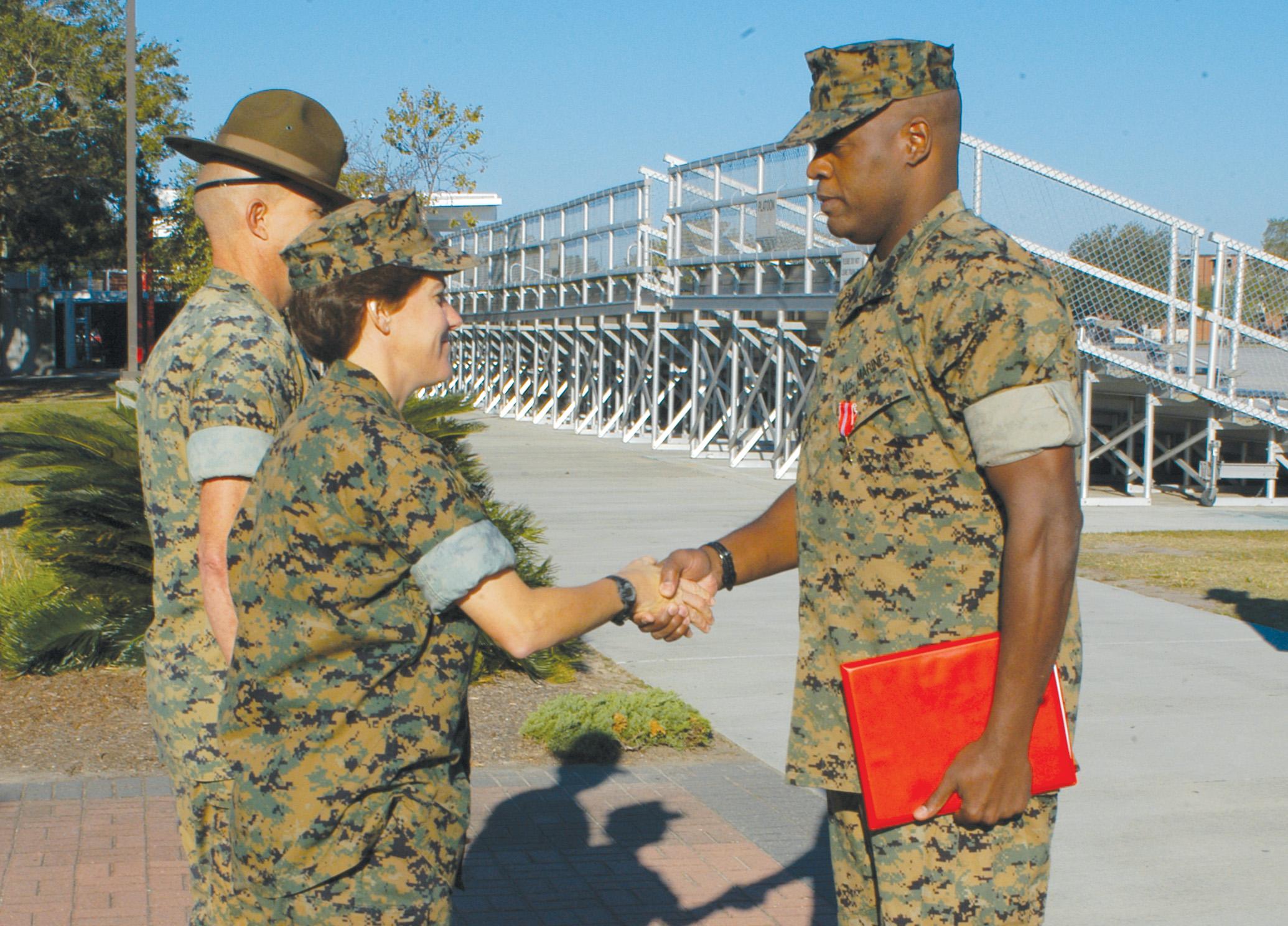 Parris Island Marine awarded Bronze Star > Marine Corps ...