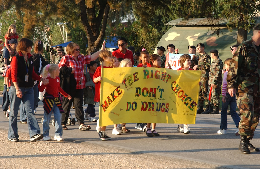 Incirlik American School elementary students take part in the Red Ribbon Week parade against drugs, Oct. 26.  (U.S. Air Force photo by Airman Kelly LeGuillon)