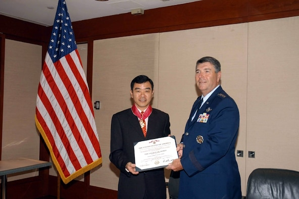 Former Chief of Air Force, Major General Lim Kim Choon, was presented with the United States' Legion of Merit. The award was conferred by the Commander of the Pacific Air Force, General Paul V. Hester, during his visit to Singapore.  The Legion of Merit award recogizes General Lim's efforts in strengthening the close relationship between the United States Air Force and the Republic of Singapore Air Force, during his service as CAF from April 2001 to March 2006.