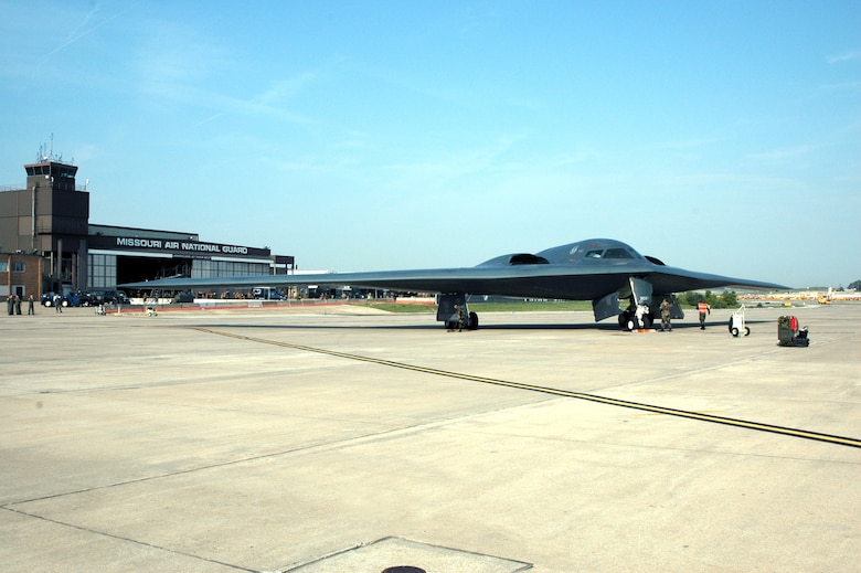 A B-2 Spirit stealth bomber sits on the tarmac at the 131st Fighter Wing at Lambert International Airport in St. Louis Sept. 9. (U.S. Air Force photo/Master Sgt. Mary-Dale Amison)