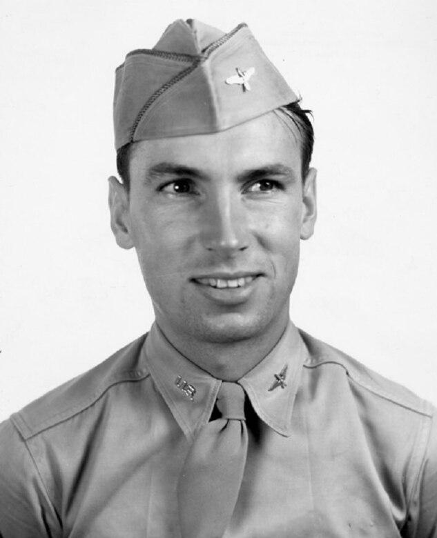 Raymond L. Knight as an aviation cadet. (U.S. Air Force photo)