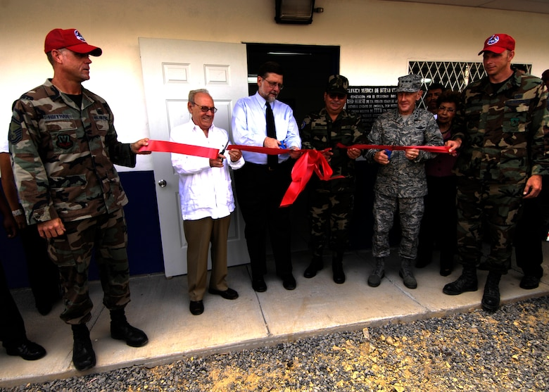 Nicaraguan Vice President Jaime Morales Carazo, U.S. Ambassador Paul Trivelli, Nicaraguan Army Gen. Moises Halleslevens and 12th Air Force Commander Lt. Gen. Norman Seip cut the ribbon for one of the New Horizons - Nicaragua 2007 projects, a five-room medical clinic in Buena Vista, April 27.  (U.S. Air Force photo/Staff Sgt. Jason Bailey)
