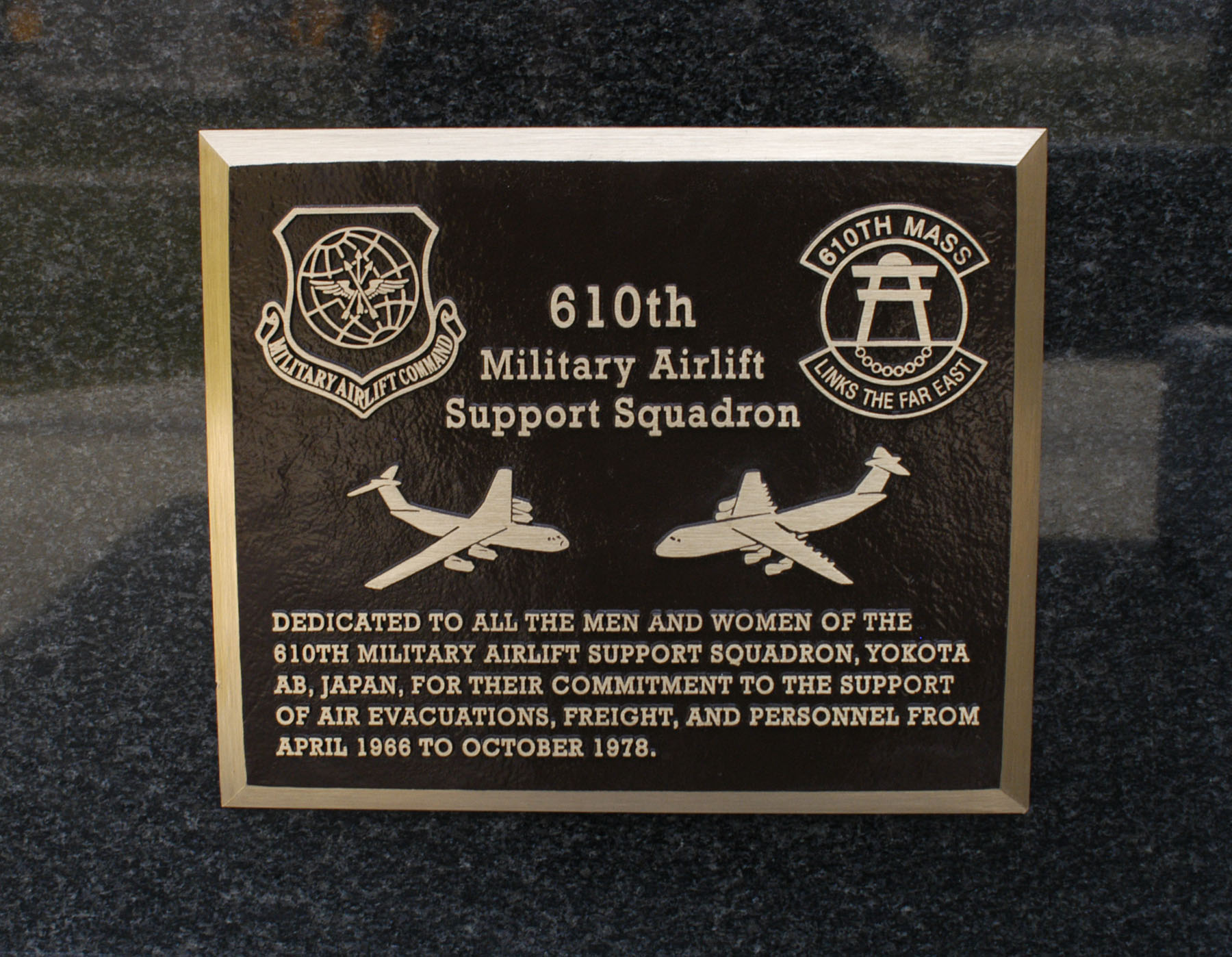 206960720 additionally Other Memorials in addition Small Balcony Herb Gardens as well 3ft Radius Inner Curve 6mm Mdf Lite Pack Tjh03 31st July 2014 Copyright Tim Horn besides Acrylic Engraved Wall Sign 2 X. on office depot plaques