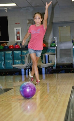 SHAW AIR FORCE BASE, S.C. -- Twelve year-old Lauren Finley, daughter of Gloria and Tech. Sgt. Keith Bishop, 20th Civil Engineer Squadron, bowls a practice game at the Shaw Bowling Center Aug. 13. Lauren won first place in the South Carolina Youth United States Bowling Congress Annual Tournament May 6. Ms. Finley will be given a plaque and an emblem for her accomplishment on Sept. 8, which is the first day of the bowling season. Shaw Youth Bowling registration for ages three through 21 is Aug. 18 and 25 from noon to 3 p.m. at the Shaw Bowling Center. For more information, call the Shaw Bowling Center at 895-2732. (U.S. Air Force photo/Senior Airman John Gordinier)
