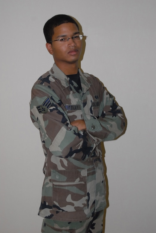 Thunderbolt of the Week:  Senior Airman Alonzo Medley