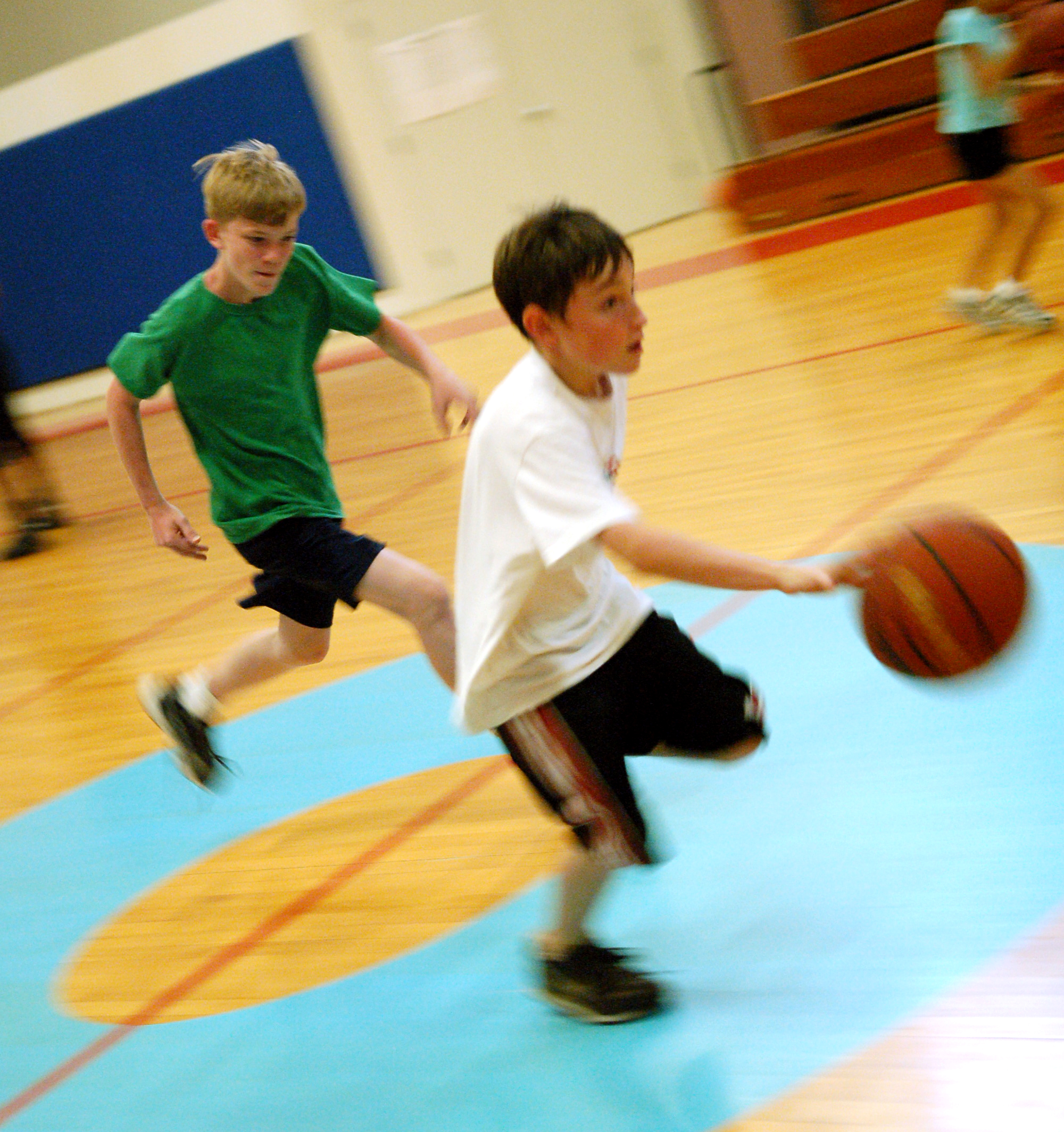Basketball Camps Clinics Denver Youth Sports: Laughlin Youth Hoop It Up At Basketball Camp > Laughlin