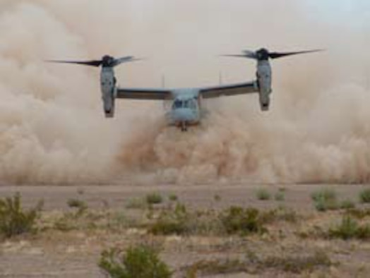 A Marine Corps MV-22 demonstrates extreme brownout conditions during recent testing at the Army Yuma Proving Ground, Arizona (photo by Walt Harrington).