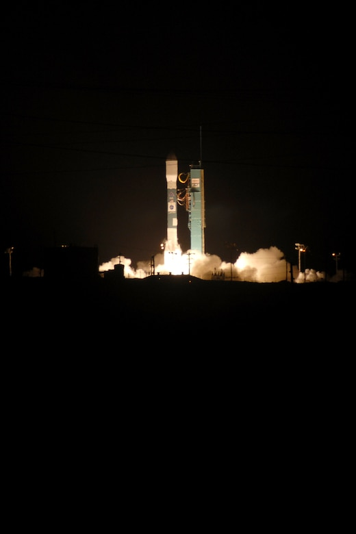 VANDENBERG AIR FORCE BASE, Calif. -- A Delta II rocket carrying the Thales Alenia-Space COSMO-SkyMed Satellite launched from Vandenberg on Dec. 8 at 6:31 p.m. The rocket, second of two COSMO-SkyMed launches scheduled from Vandenberg, took off from Space Launch Complex-2. The Delta II is an expendable launch, medium-lift vehicle. It carries civil and commercial payloads into low-earth, polar, geosynchronous transfer and stationary orbits. (U.S. Air Force Photo/Robert Hargreaves