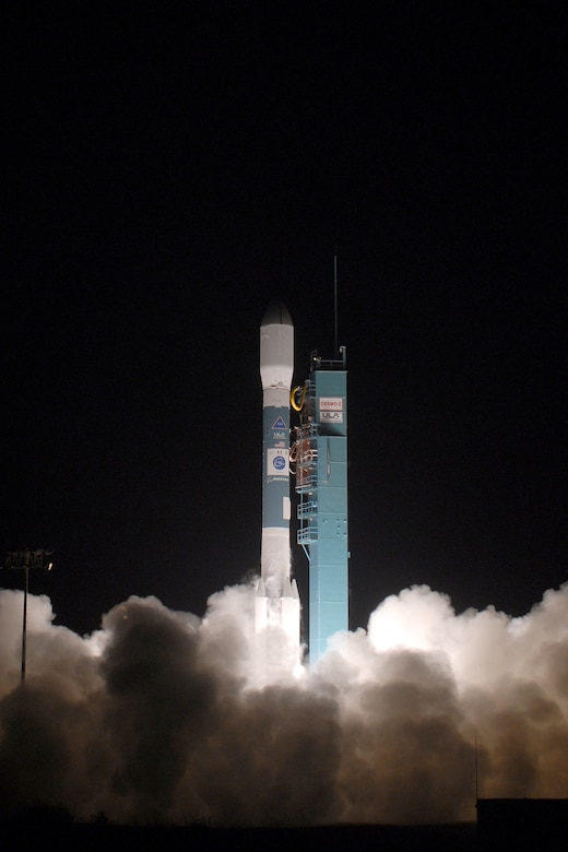 VANDENBERG AIR FORCE BASE, Calif. -- A Delta II rocket carrying the Thales Alenia-Space COSMO-SkyMed Satellite launched from Vandenberg on Dec. 8 at 6:31 p.m. The rocket, second of two COSMO-SkyMed launches scheduled from Vandenberg, took off from Space Launch Complex-2. The Delta II is an expendable launch, medium-lift vehicle. It carries civil and commercial payloads into low-earth, polar, geosynchronous transfer and stationary orbits. (U.S. Air Force Photo/Joe Davila