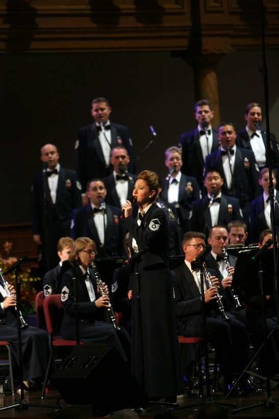 Master Sgt Janice Carl performs a solo with the United States Air Force Band and Singing Sergeants at the Mormon Tabernacle in Salt Lake City, Utah. The Band was performing as part of an 18 day tour throughout the western United States.  (U.S. Air Force photo by SMSgt Robert Mesite)