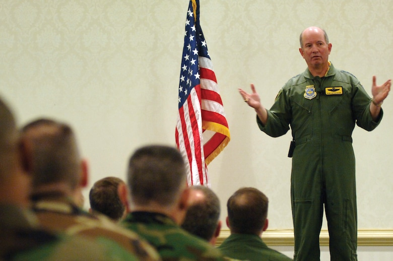Gen. Duncan McNabb, commander of Air Mobility Command, speaks to Airmen at the Charleston Club during a commander's call Jan. 29, 2007. While here General McNabb awarded seven Bronze Stars to Charleston Airmen. (U.S. Air Force photo/Airman 1st Class Nicholas Pilch)