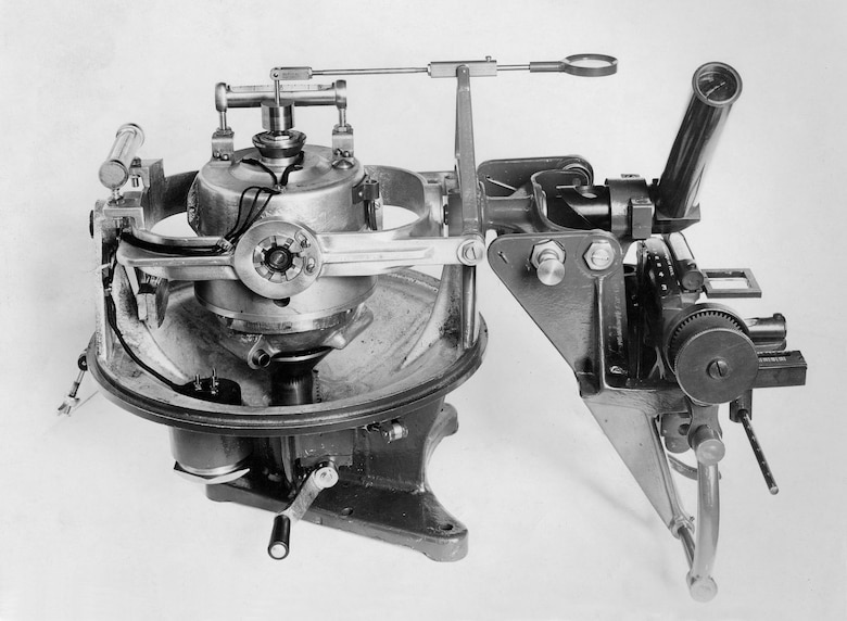 1922, the Sperry Gyroscope Company tried to improve the Mark I bombsight by attaching it to a Sperry gyroscope, but it failed to meet the Air Service's needs. (U.S. Air Force photo)