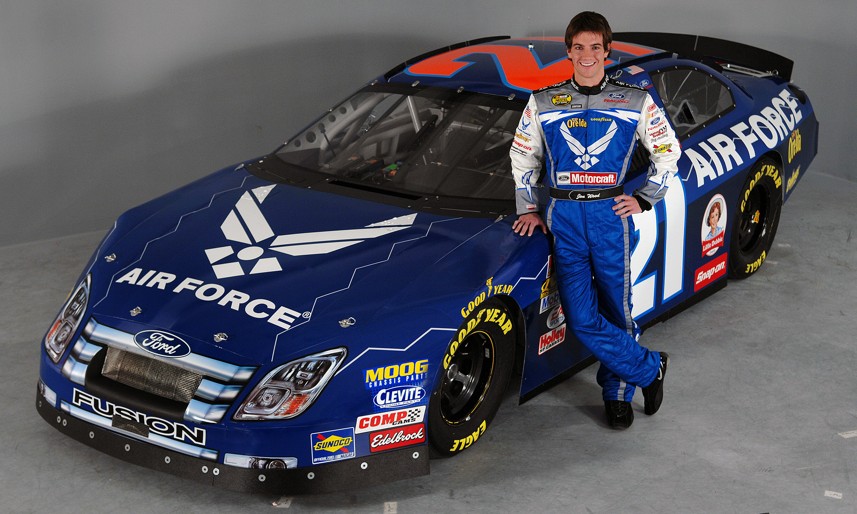 Air Force Kicks Off NASCAR Season At Daytona