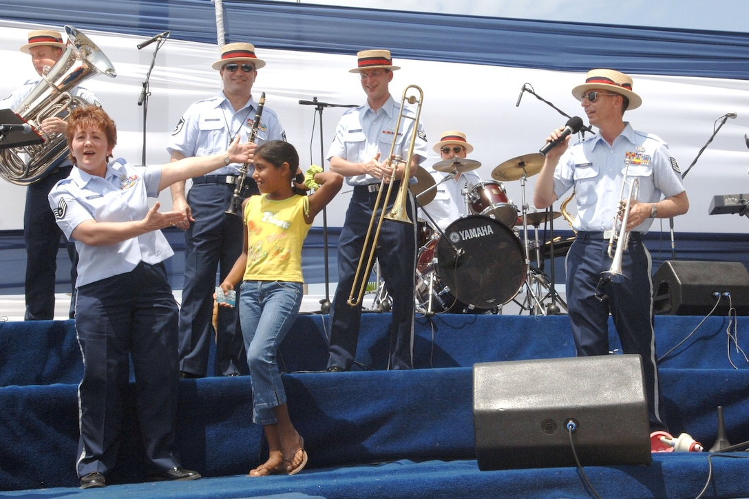 The Air National Guard Band of the Southwest performs before a crowd of more than 15, 000 Peruvians during Falcon Condor 2007, a joint air show at Las Palmas Air Force Base, Peru. The air show directly supports the U.S. Southern Command's engagement goals and furthers relations between allied nations. (U.S. Air Force photo/Tech. Sgt. Kerry Jackson)