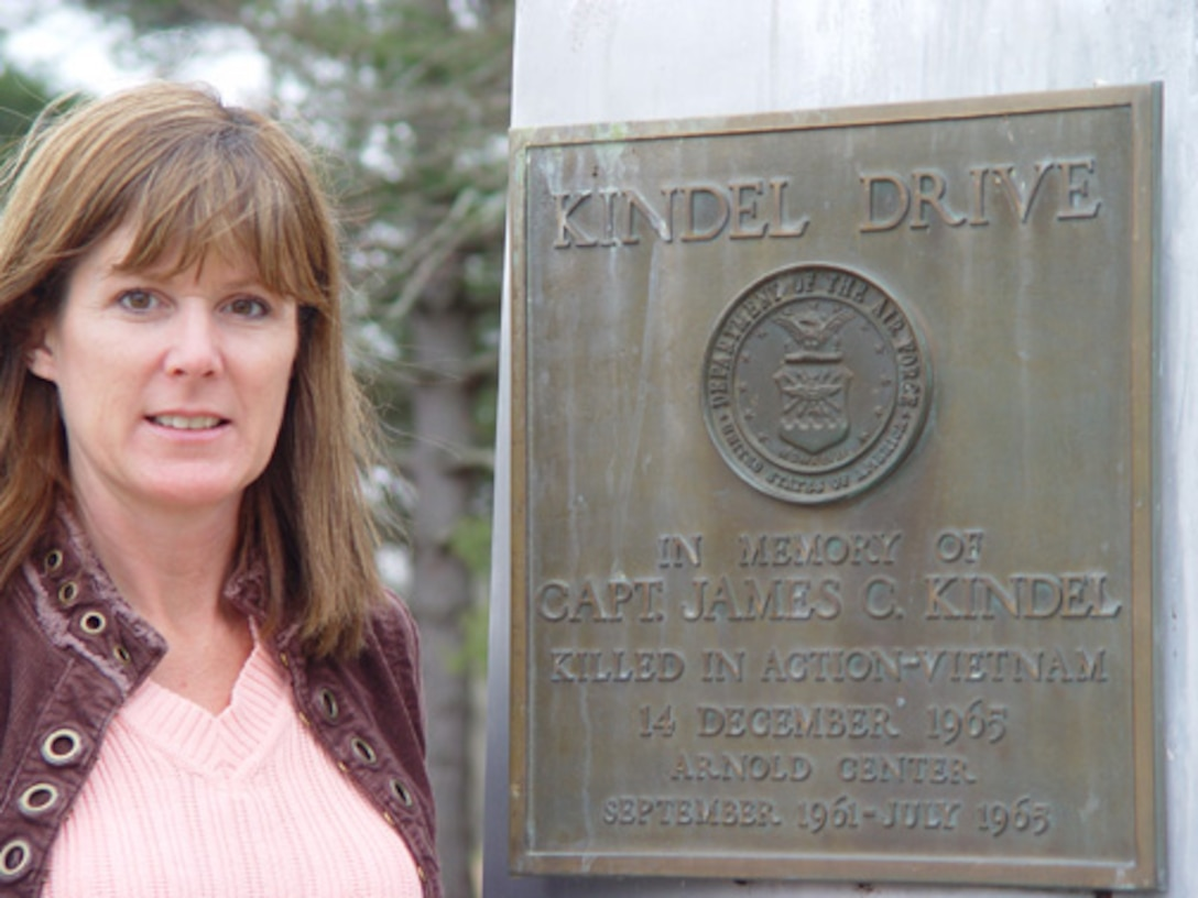 Suzie Jenkins, daughter of Capt. James Kindel, came to Arnold Tuesday to visit the memorial to her dad.