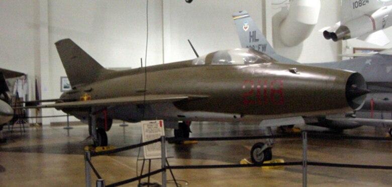 "Mikoyan-Guryevich MiG-21F ""Fishbed-C"" S/N 585"