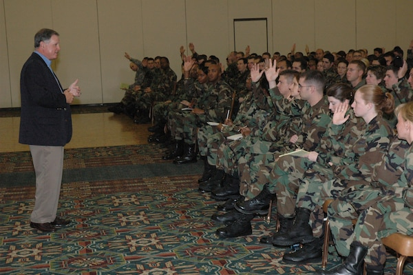 Steven Polk, a retired lieutenant general, spoke to the 37th Training Wing's company grade officers Jan. 11 at the Gateway Club on Lackland Air Force Base, Texas. Mr. Polk is the first speaker for the newly instituted monthly CGO professional development sessions. Mr. Polk relayed his ideas about leadership and the importance of incorporating one's own personality into his leadership style. (USAF photo by Lt. Col. Daniel Epright)