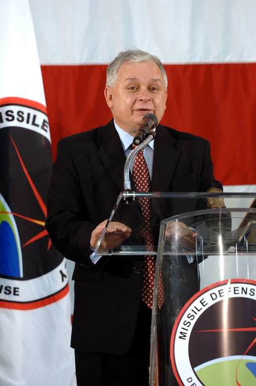 Polish president visits Vandenberg's MDA sites > Air Force