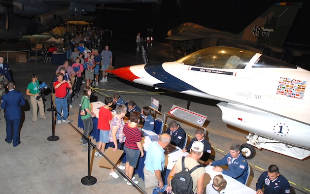 DAYTON, Ohio (7/27/07) -- Members of the USAF Thunderbirds Air Demonstration Squadron signed autographs at the National Museum of the United States Air Force. The Thunderbirds were featured performers at the 2007 Vectren Dayton Air Show. (U.S. Air Force photo)