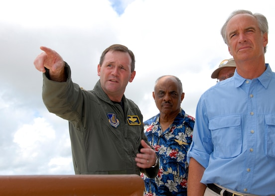 ANDERSEN AIR FORCE BASE GUAM, Brig. Gen. Douglas Owens, commander of the 36th Wing, shows Secretary of the Interior Dirk Kempthorne the shore line as it meets the northern boundary of Andersen Air Force Base. Secretary Kempthorne toured Andersen while on island to meet with government officials concerning the military build-up on Guam. (U.S. Air Force Photo by Airman 1st Class Daniel Owen)