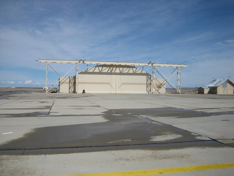 A 163d Reconnaissance Wing hanger sits empty at Southern California Logistics Airport. The wing, which is located at March Air Reserve Base, will use the airport as part of the Predator schoolhouse in the near future. (U.S. Air Force photo by Lt. Col. Mark Moritz)